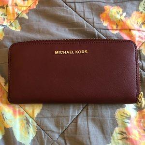 Michael kors continental wallet in merlot